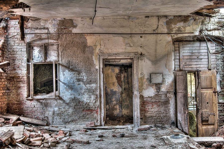 4 ok egy épület lebontására