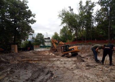 nagytömegű gépi földmunka, munkagödör kiemelés, ágyazatépítés