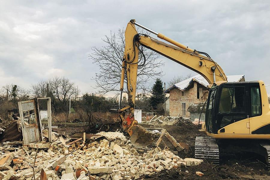 Átalakítás, épületbontás, és ami ezekkel jár